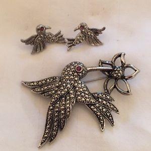 Avon Hummingbird Brooch Pin & Earrings Marcasite